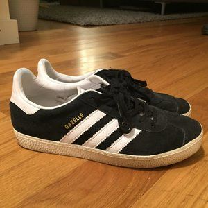 Adidas Gazelle Shoes (Black)
